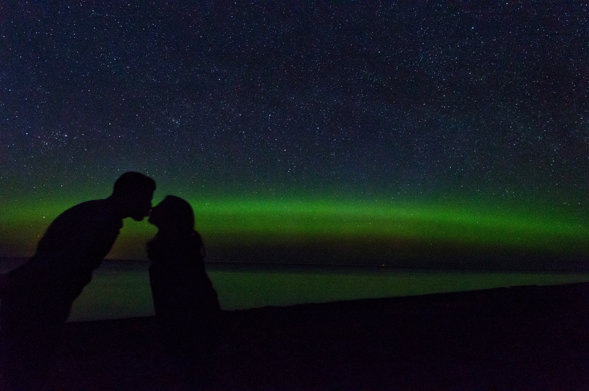 calumet, michigan, northern lights, aurora borealis, couple, kissing, romance, upper peninsula, houghton mi, hancock mi, yooper love, yooper