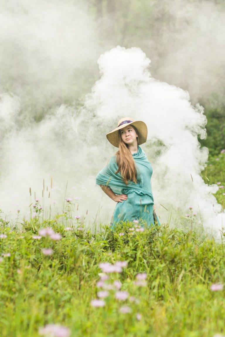 high school senior smoke bomb photography
