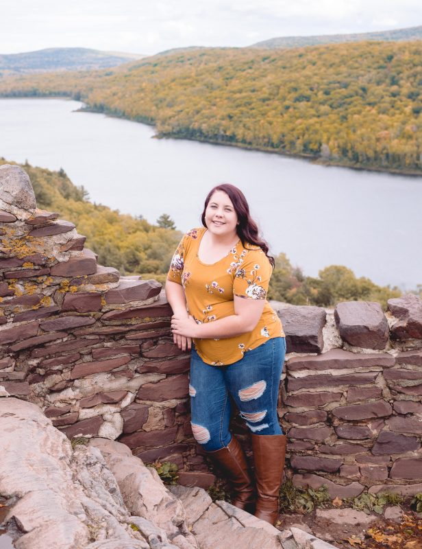 ontonagon mi, ontonagon, michigan, lake of the clouds, porcupine mountains, places to visit, upper peninsula, senior portrait, senior session, senior girl, class of 2020, houghton mi, hancock mi, keweenaw, senior photographer, senior photography, hancock photographer, keweenaw peninsula
