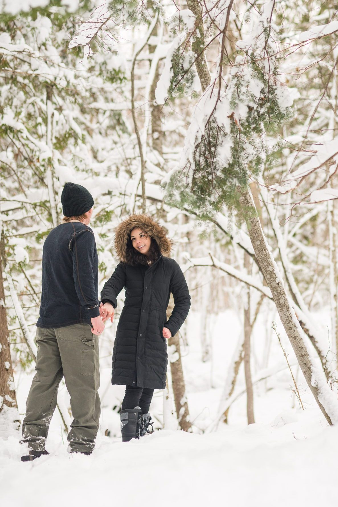 planning for a winter photo session by dressing correctly