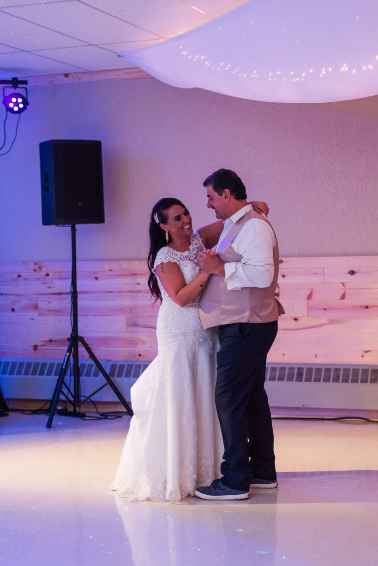upper peninsula mi wedding reception (3)