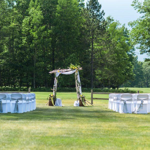 Planning An Outdoor Wedding in the Upper Peninsula  Michigan