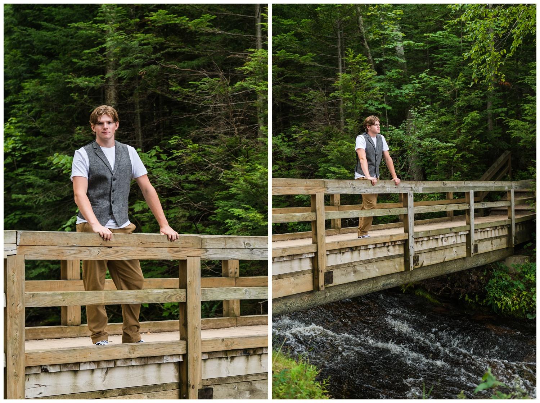 high school senior guy pictures on bridge